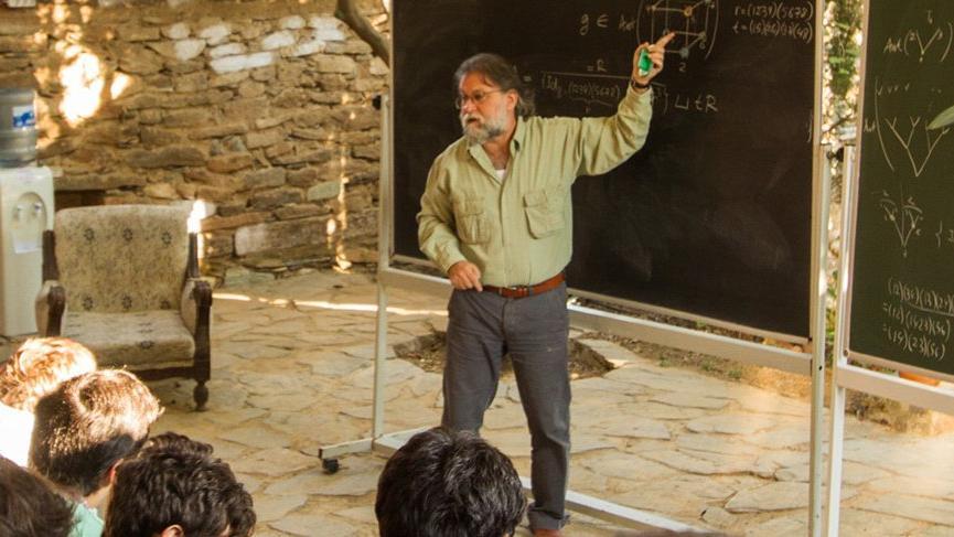 Prof. Dr. Ali Nesin'e matematik dünyasından büyük ödül