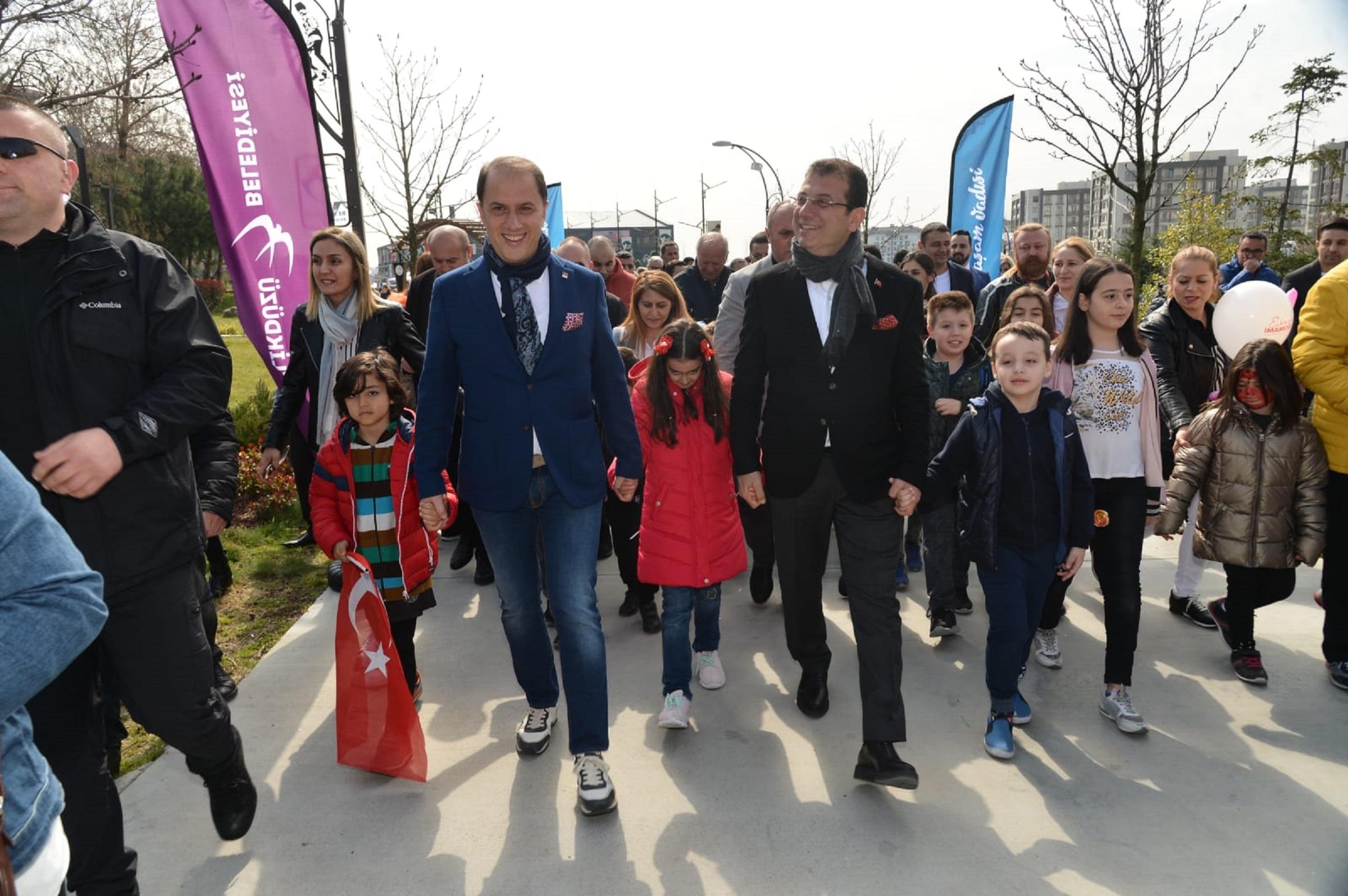ÇALIK, İMAMOĞLU'NU ÇOCUKLARLA İSTANBUL'A UĞURLADI