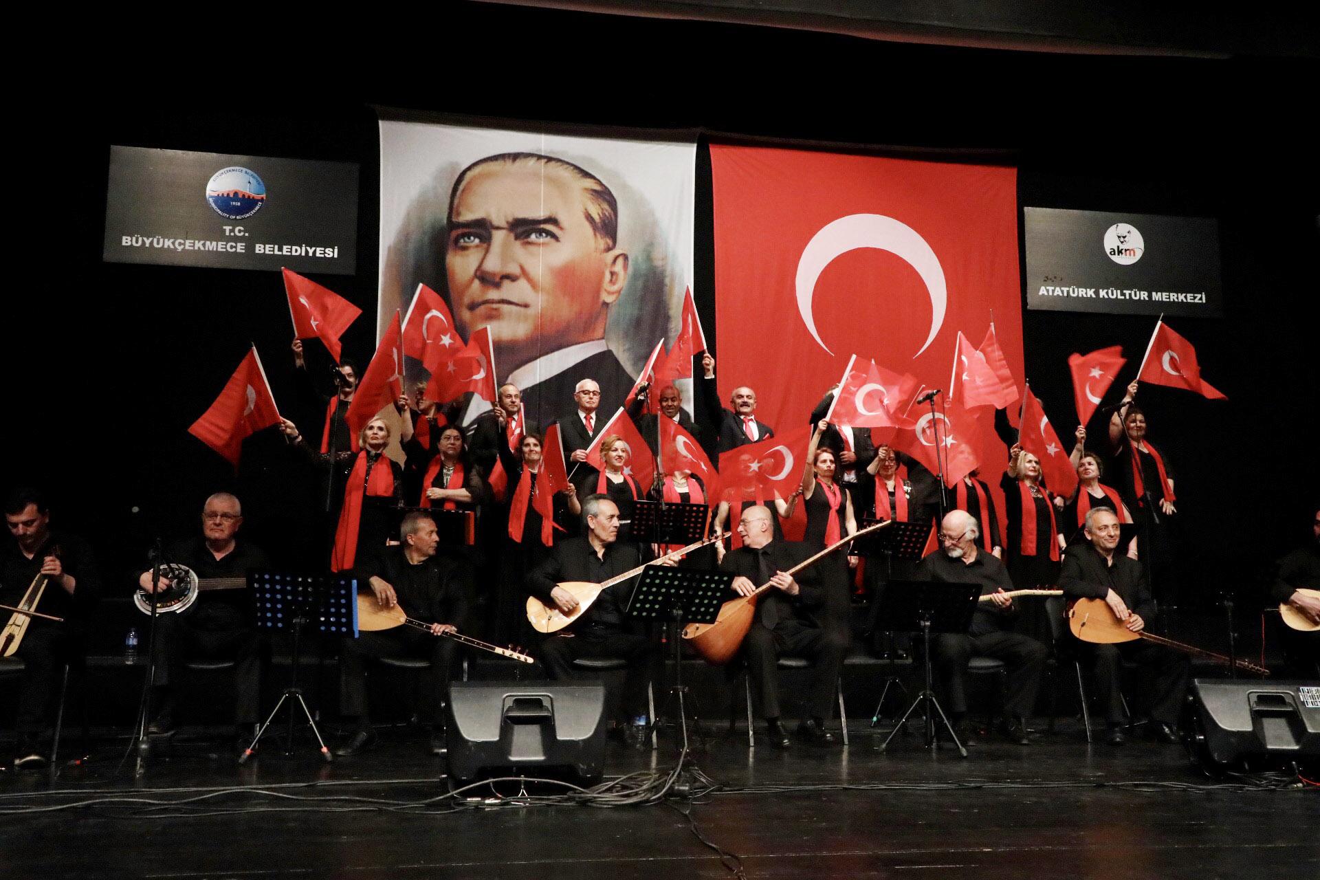 Büyükçekmece'nin emekli öğretmenlerinden muhteşem konser