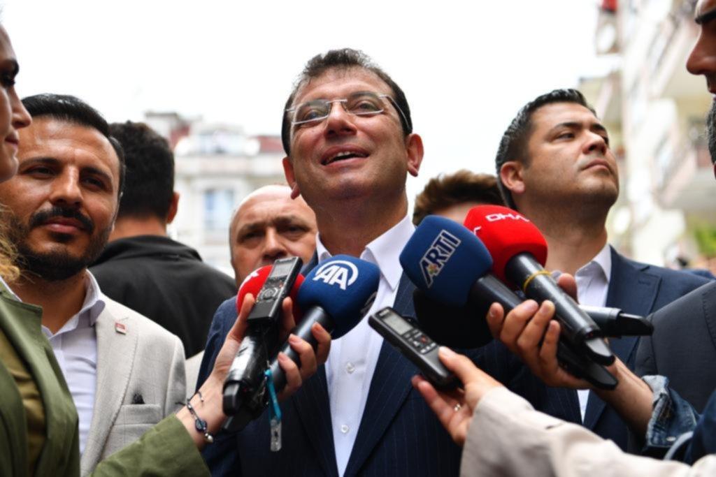İmamoğlu: YSK'nın 123 sandıkta, benim ve rakibimin aldığı oyları açıklamak boynunun borcu
