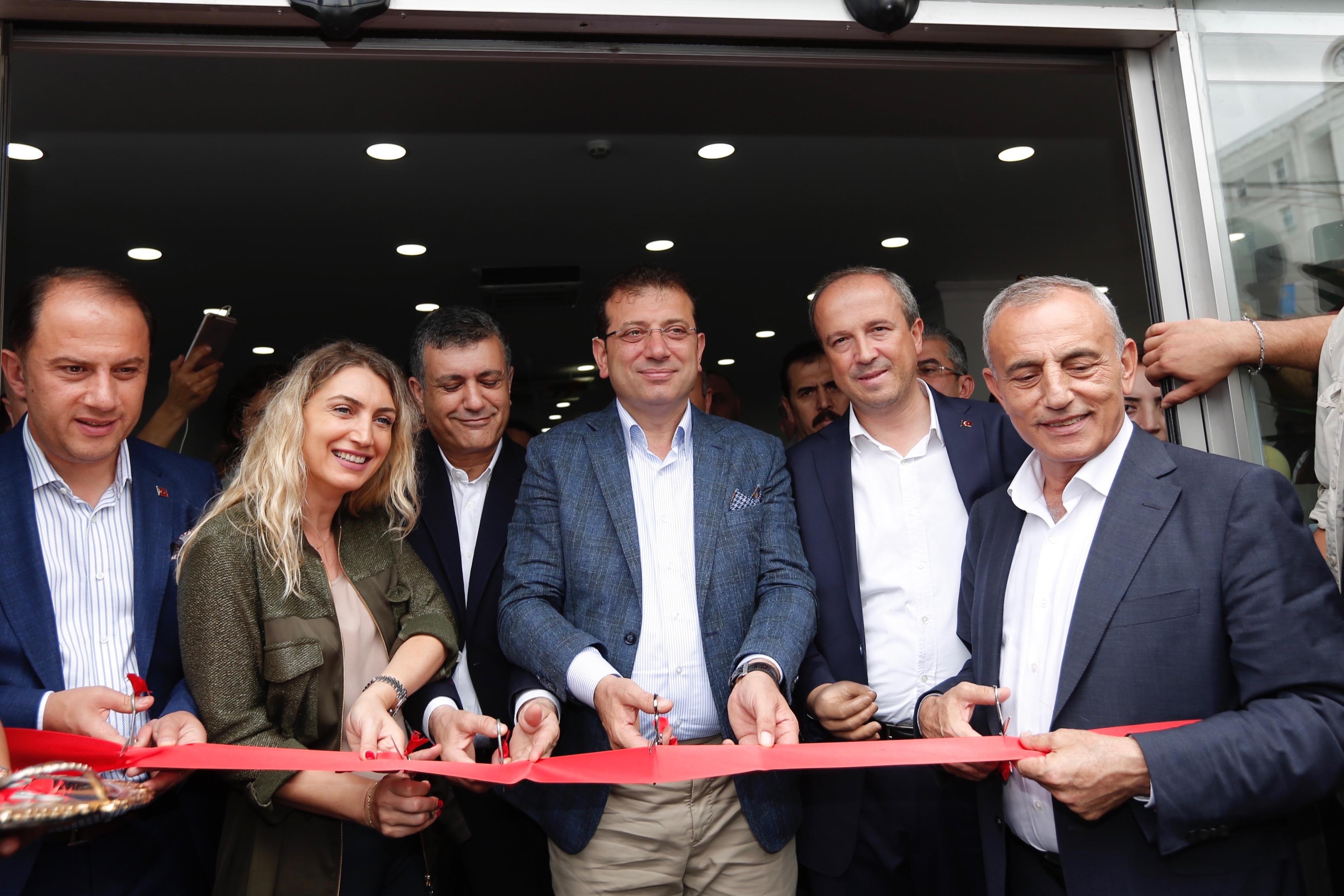 İmamoğlu'nun katılımıyla bölgesel istihdam ofisi açıldı