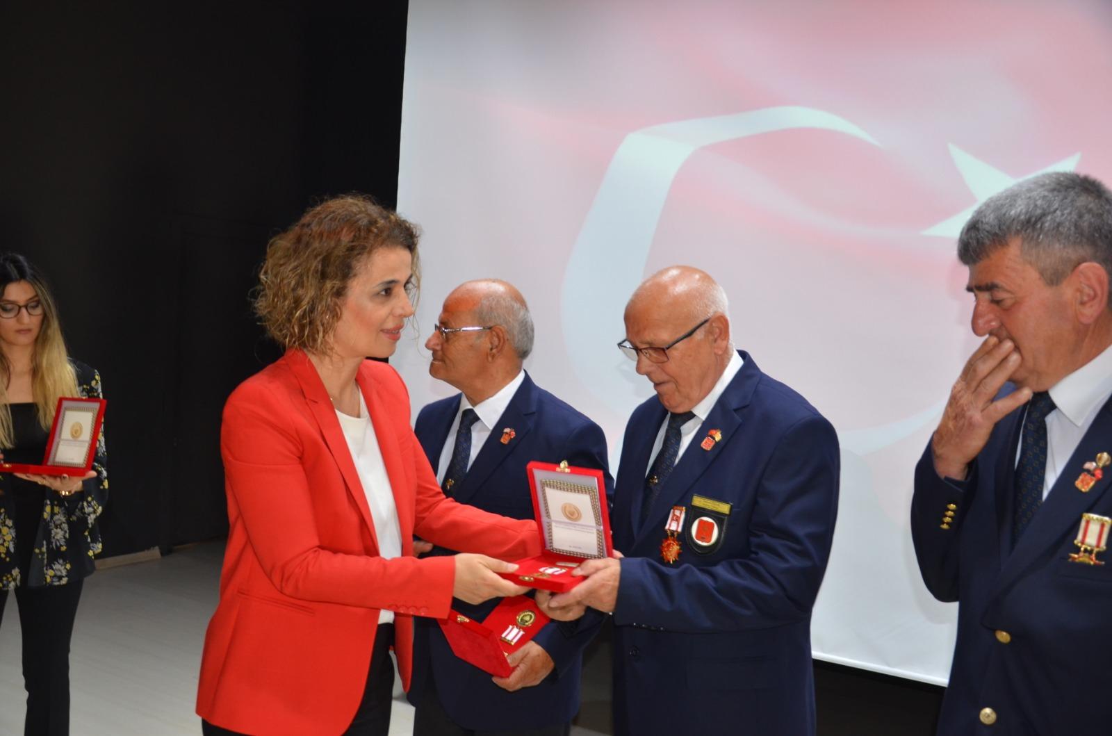 Kahraman Gazilerimize Milli Mücadele Madalyası Takdim Edildi