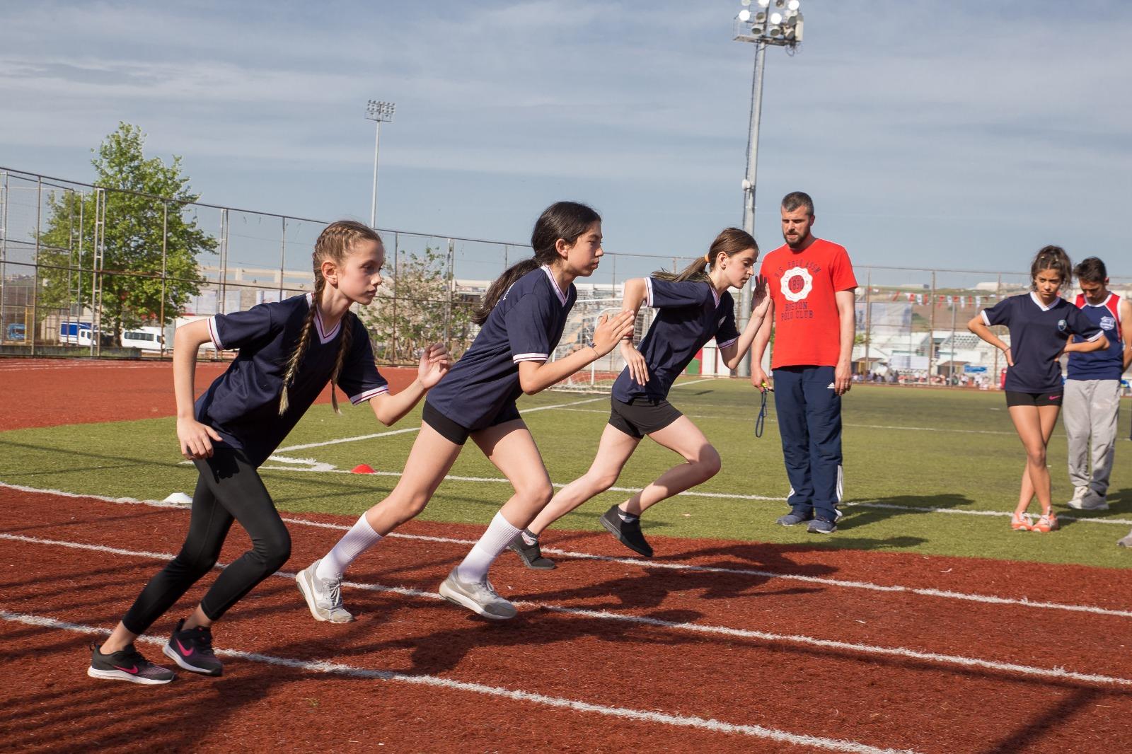 Büyükçekmece Belediyesi Spor Akademisi başarıdan başarıya koşuyor