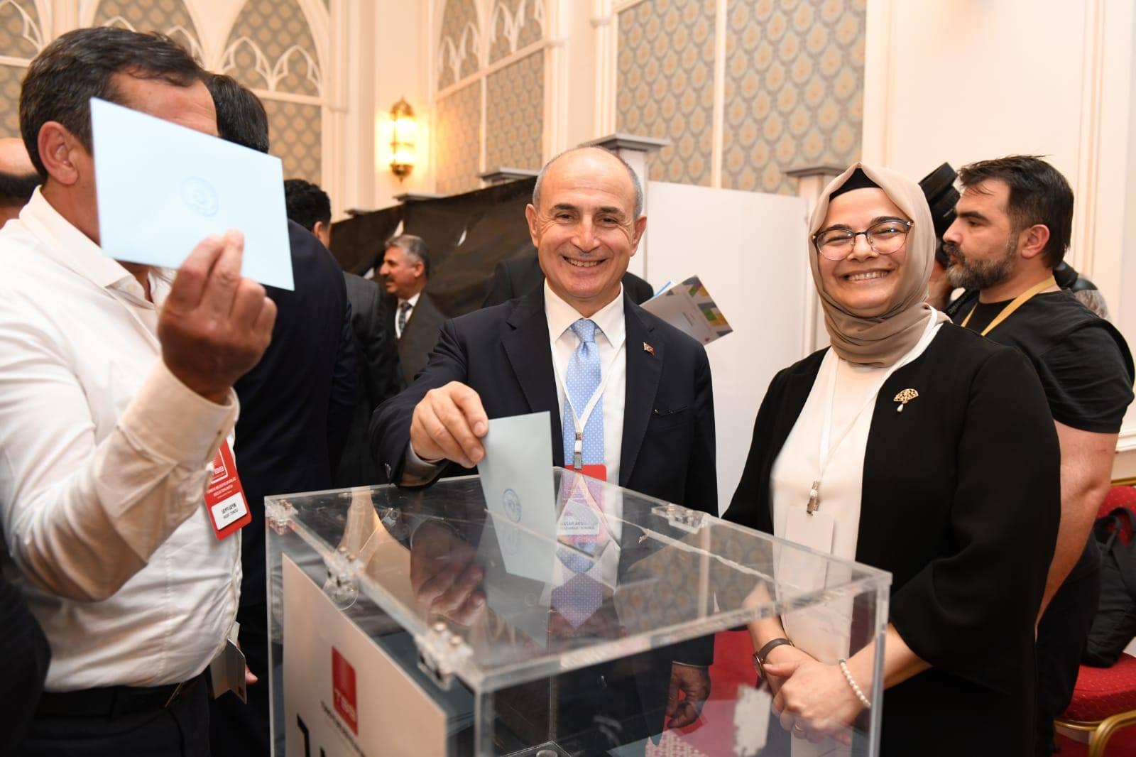 Başkan Akgün bir kez daha TBB encümen üyesi seçildi