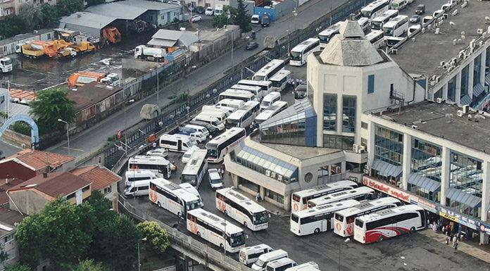 İstanbul'u terk ediyorlar! Tıklım tıklım doldu