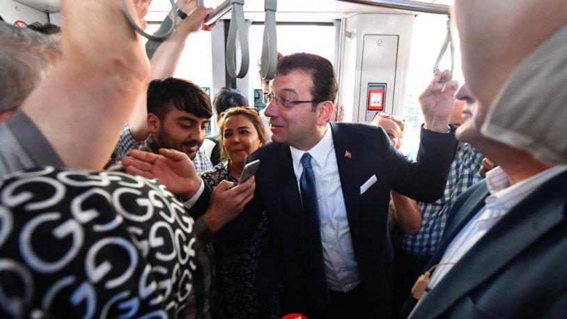 İmamoğlu Vali ziyareti sonrası Tramvay'a bindi, vatandaşla sohbet etti