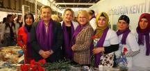Kadınlar Günü Konak'ta bir başkadır!