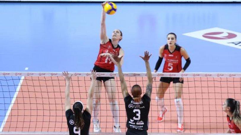 Türk Hava Yolları, Challenge Kupası'nda namağlup yarı finale yükseldi!