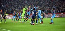 Trabzonspor, Fenerbahçe'yi 2-1 Yendi