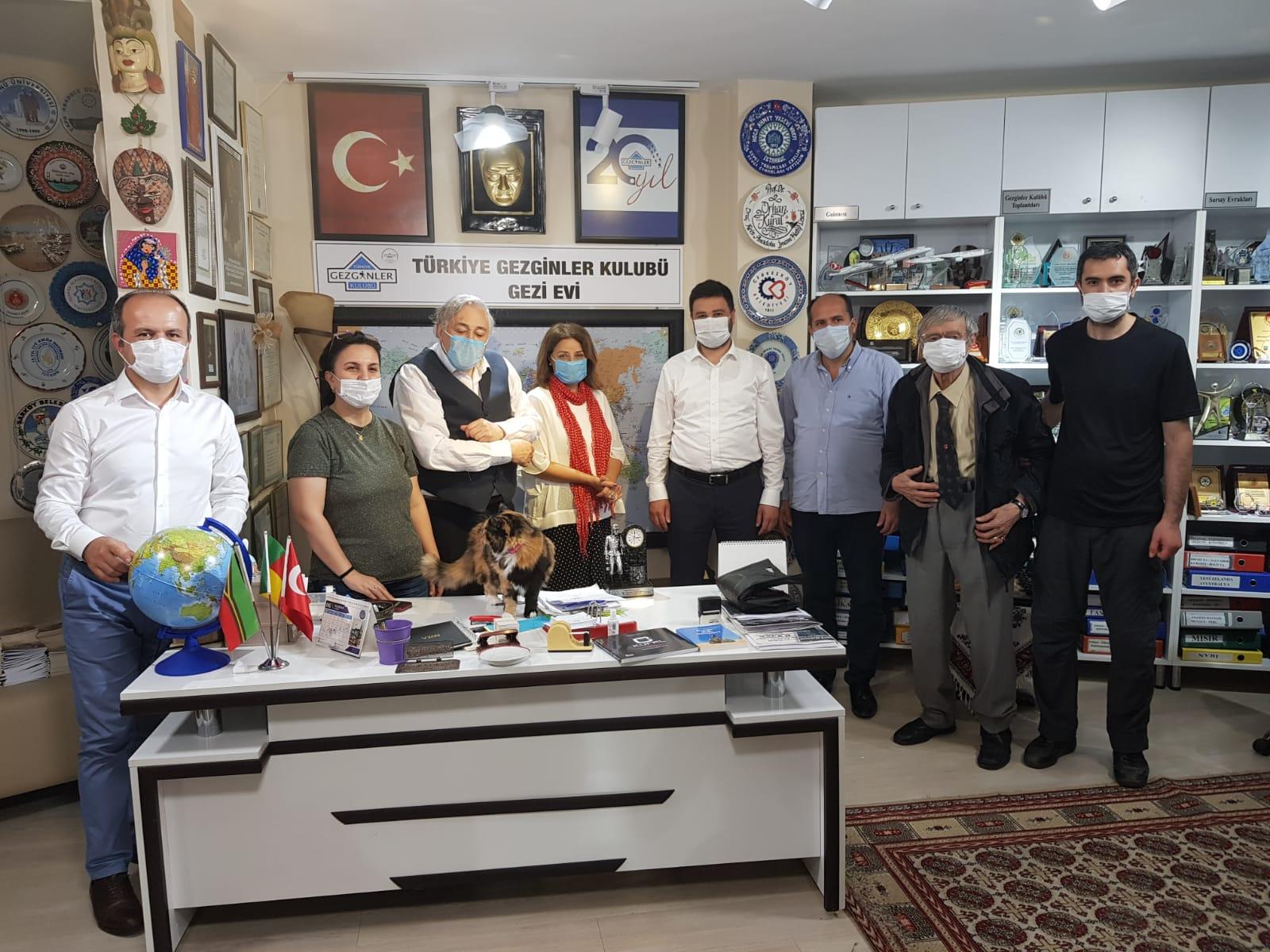 Kağıthane Belediye Başkanı Mevlüt Öztekin'den Anlamlı Ziyaret