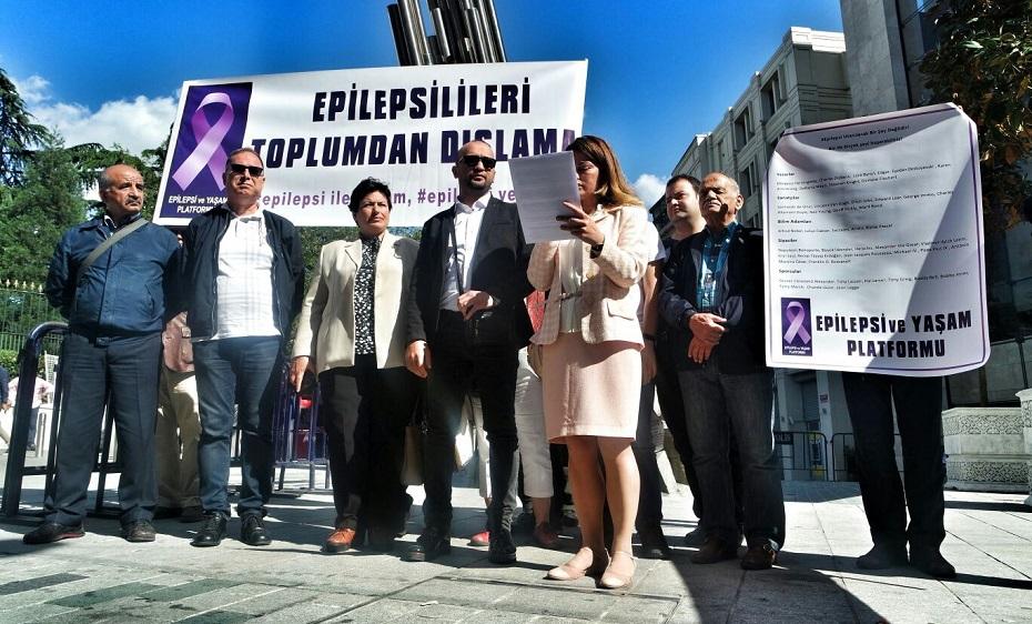 Ebru Öztürk Basın Açıklaması Yaptı