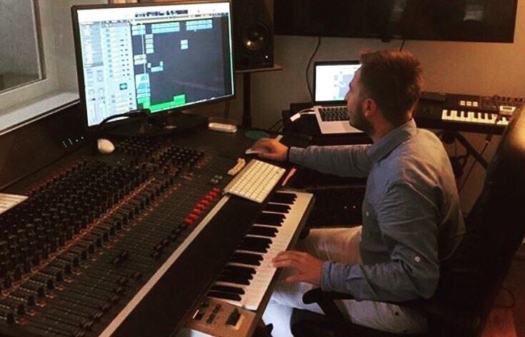 Ünlü DJ Mahmut Görgen ile keyifli bir röportaj gerçekleştirdik