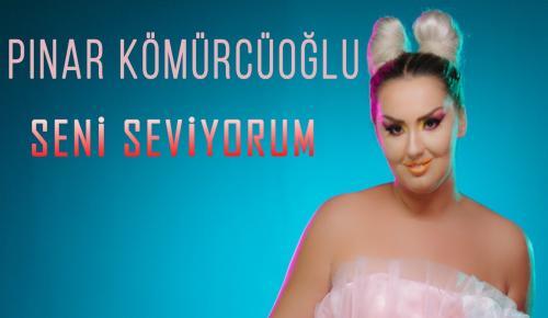 Ebru Gündeş'in şarkısını söyledi