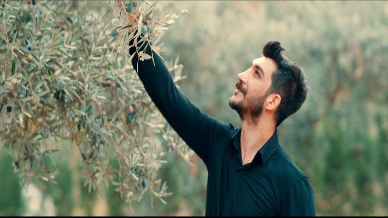Serkan Adar yeni şarkısı 'Dara Mala Me' ile iddialı