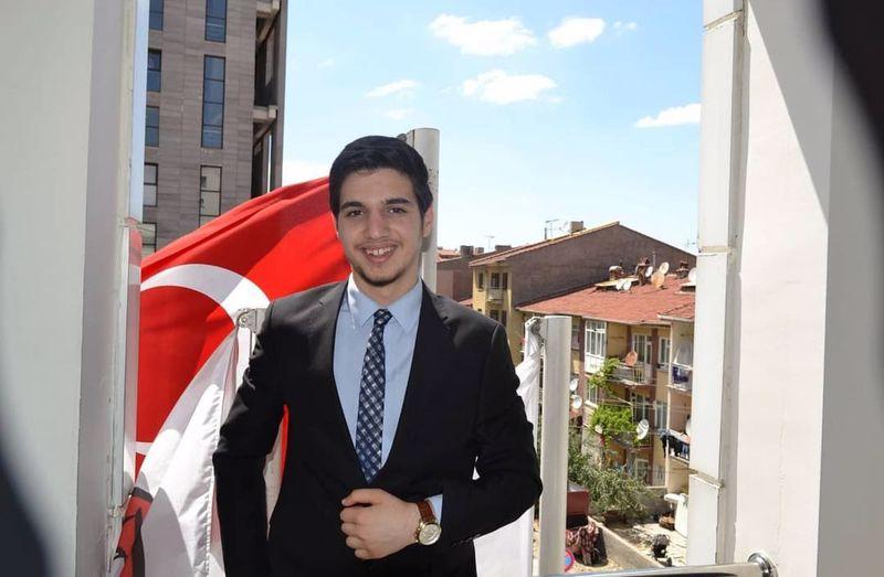 Ahmet Bakır: Ben 16 yaşındayım Azerbaycan Baş Komutanımız İlham Aliyev ile görüşmeyi talep ediyorum