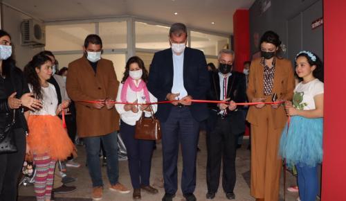 Tire Belediyesi Oda Tiyatrosu açıldı