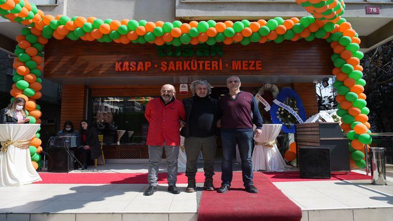 Tusak, Kadıköy'de açıldı