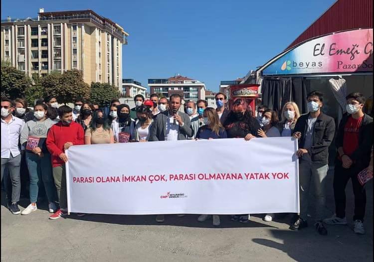 CHP'Lİ GENÇLER 'YURT' ÜZERİNDEN HÜKÜMETİ VURDU
